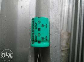 Kondensator 220uF 40V Elwa nowe.