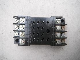 Podstawa przekaźnika GZ-14 podstawka R-15