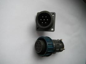 SzP-7m wtyczka + WSz-7G uchwyt agregatowy hermetyczny