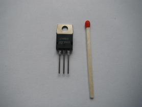 L7905CV Stabilizator 5V 1.5A STM regulator napięcia N.O.S.