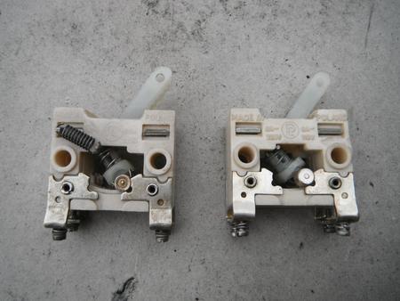 Wyłącznik dźwigienkowy typ Z i ZP1 6A 220V 110V zatablicowy  (1)