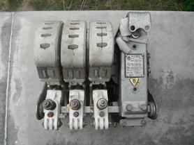 Stycznik S-200-2 cewka 220V 50Hz 200A AC3