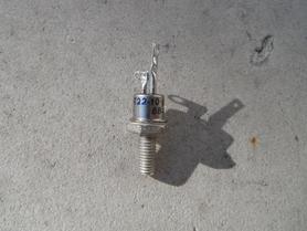 Tyrystor 10A 200V Unitra Lamina T22-10-02