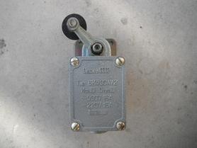 Wyłącznik krańcowy WK300AU2 Nowy 16A 500V ВК300АУ2