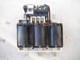 Przekaźnik przeciążeniowy PCE-235 zakres 25-30A 500V 50Hz