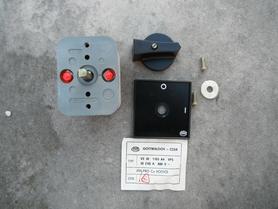Wyłącznik włącznik łącznik 32A 500V VS 32 1103 A4 VPS Obzor