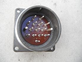 SzR40P16ESz2 Uchwyt agregatowy złącze gniazdo wtyk 16 pin