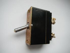 AZS-25 Wyłącznik termiczny 25A 24V Automat zabezpieczenia sieci